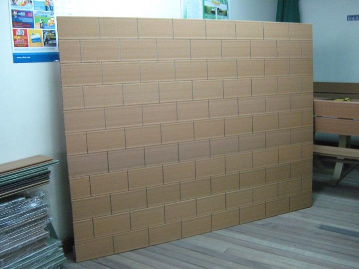 38 madera pl stica maderplast perfiles maderas inmunizadas for Laminas gigantes para pared