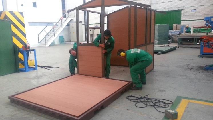 38 madera pl stica maderplast perfiles maderas inmunizadas for Casetas de plastico