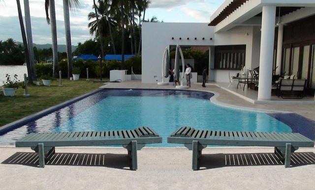 30 muebles campestres exteriores interiores mobiliarios for Diseno piscinas modernas colombia