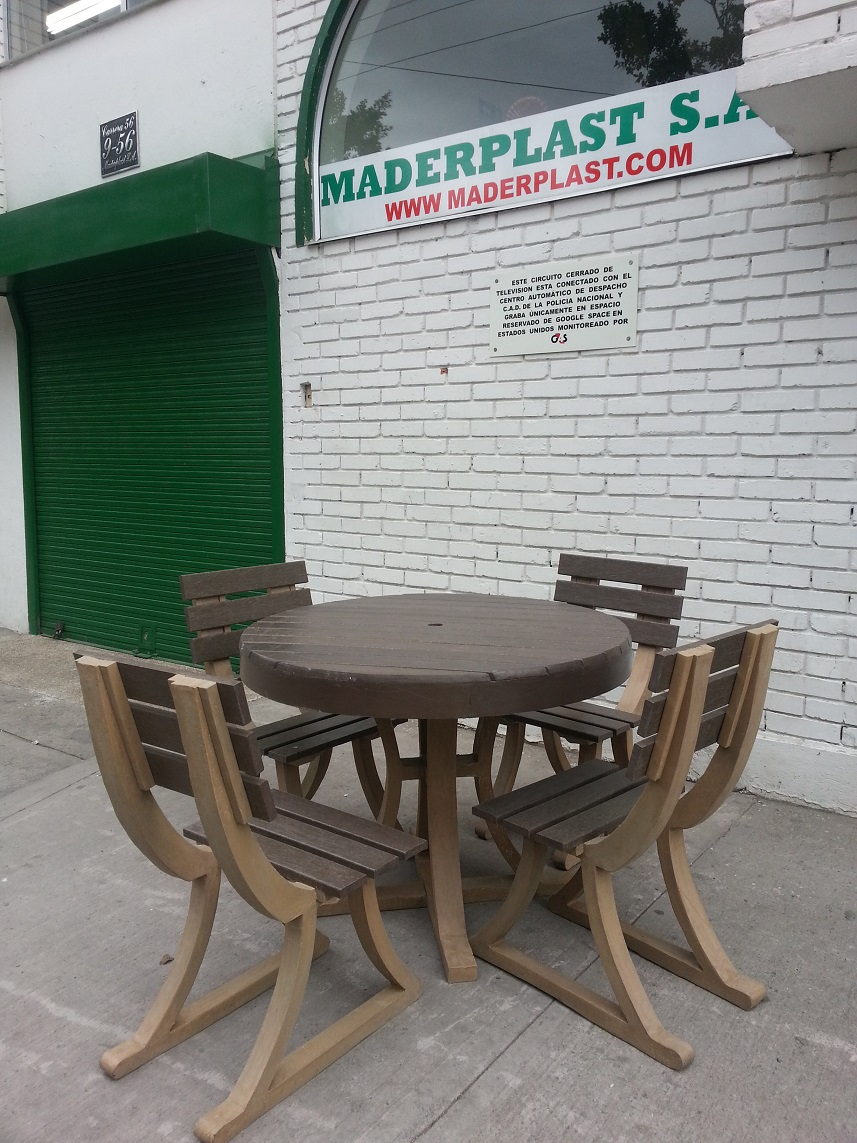 30 muebles campestres exteriores interiores mobiliarios for Mesa y sillas plastico jardin