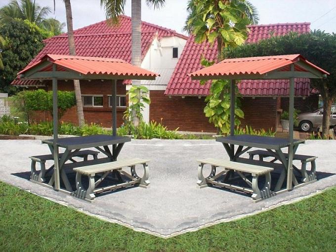 30 muebles campestres exteriores interiores mobiliarios for Mesas y sillas para patios
